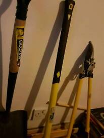 Sledgehammer. Shovel.brach cutters