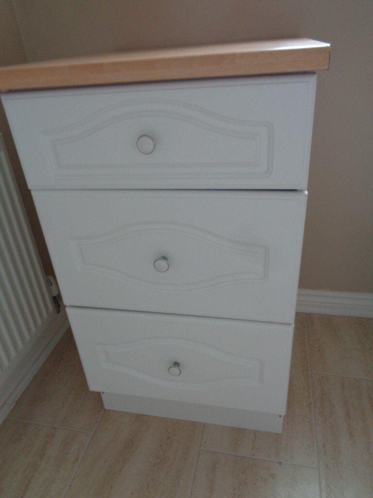 Kitchen drawer base units - White Kitchen Wall Cupboard And White Kitchen 3 Drawer Base Unit With Worktop In Costessey Norfolk Gumtree
