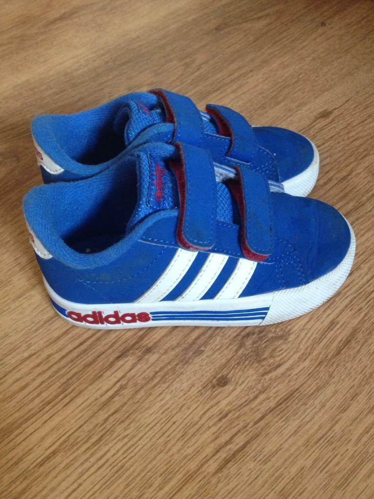 boys adidas trainers size 7