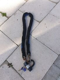 Oxford 1.5m Heavy Duty Chain Lock with Lock and 2 keys good condition