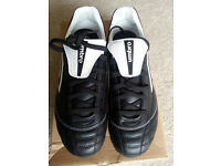 Umbro Classico A SG Football boots Size 7. Black and white. Brand new in box never worn