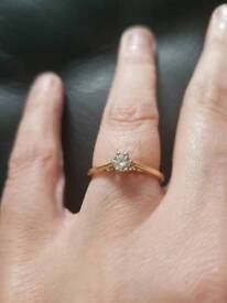18ct gold 1/4 ct Diamond engagement ring