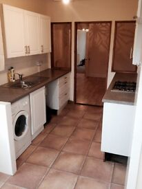 Lovely one bed flat with private gardens, High Beveridgewell, Dunfermline