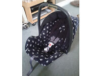 Baby car seat from birth, raincover & cosy toes