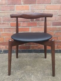 Set of 2 Hans J Wegner Style Chair Dark Brown Elbow with Round Seat