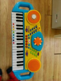 Childrens keyboard piano good working order£ 5