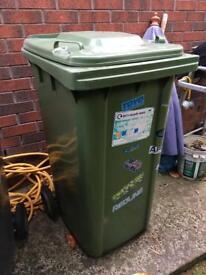 Green recycling bin 240ltr