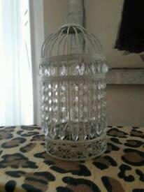 Pretty chandelier style light