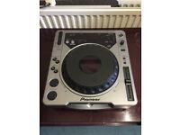 Pioneer CDJ-800 CD Turntable