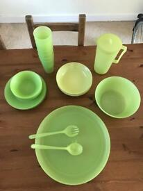 Plastic crockery Set