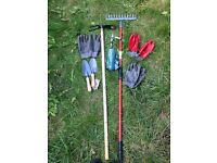 Digging Hoe+ Rake+ 2 Trowels+ 1 Shears+ 3 professional gloves + Garden Bags