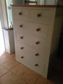 VERY LARGE SOLID PINE CHEST OF DRAWS IN GOOD USED CONDITION FREE LOCAL DELIVERY 07486933766