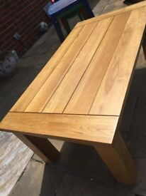 A great condition Oaks table