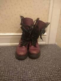 Dr. Martens Boots 1914 Triumph Purple Ladoes Size 6
