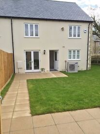 Double room en suite in a brand new house.