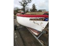 FIBREGLASS INSHORE BOAT / LOCH BOAT WITH TRAILER OUTBOARD AND BACK-UP MOTOR