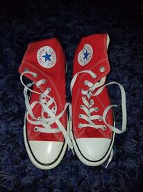 Red converse unisex size 8