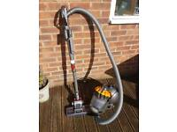 Dyson DC2BC bagless vacuum cleaner REDUCES PRICE TO SELL!