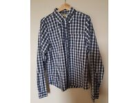 Hollister shirt XL excellent condition
