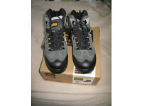 New Site Granite Safety Boots - size UK 8, Still in Box, Never Used
