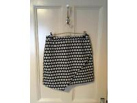 HM Black and White Skirt