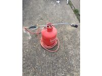 Gas barrel and roofing torch for sale in perfect condition first to see will buy
