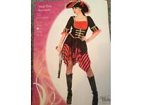 Women's pirate outfit