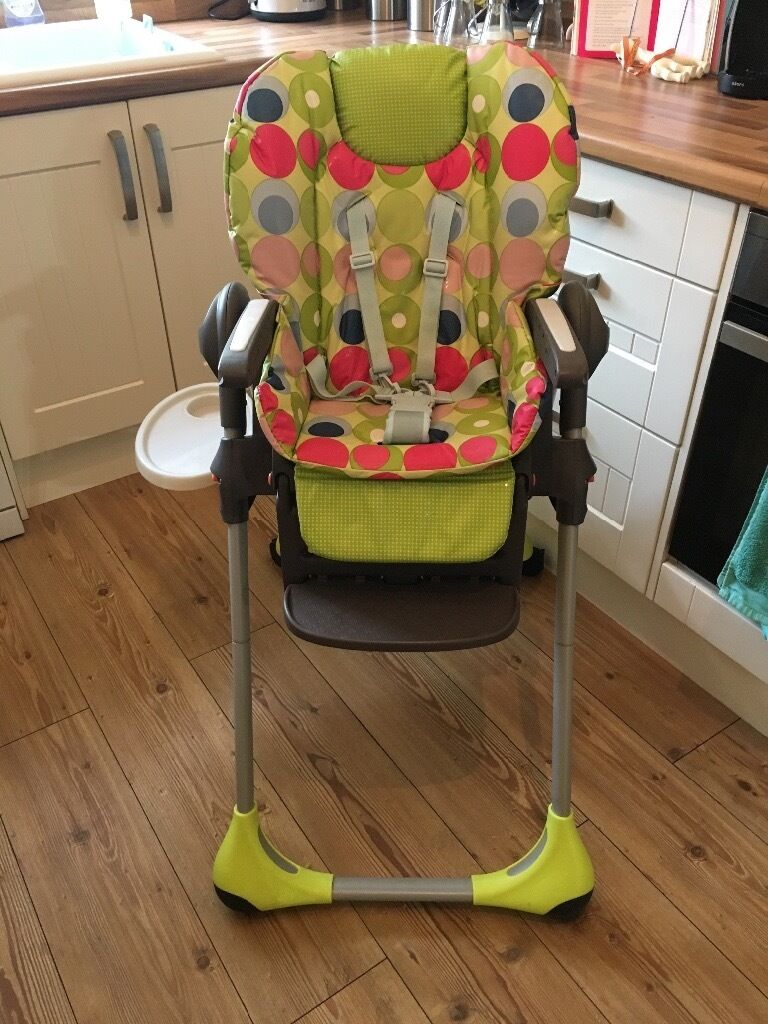 Gracco Highchair with Cup Holder