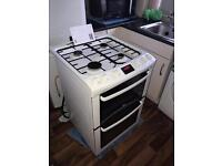 ZANUSSI GAS COOKER 60cm 5/MONTHS OLD ONLY