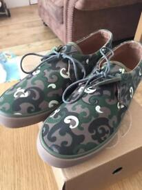 Pretty green shoes. BRAND NEW!