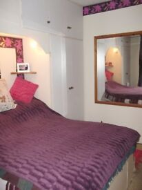 DOUBLE ROOM WITH PRIVATE LOFT ANNEXE - BELOW MARKET PRICE