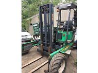 Moffett mounts rough terrain /lorry forklift