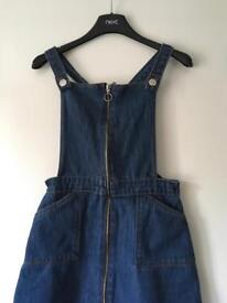 Dungarees in blue