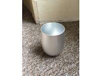 Free aluminium cup