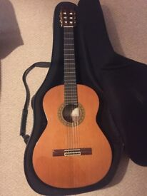 Alhambra 5p classical guitar with case