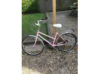 Vintage pink raleigh womens bike!