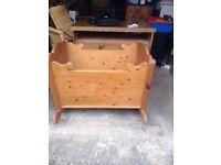 Pine crib