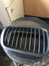 Drivers side kidney grill