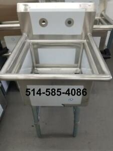 Stainless Steel 18 x 18 Sinks- Brand New! Evier en Acier Inoxydable 18 x 18!! Warehouse Liquidation!!