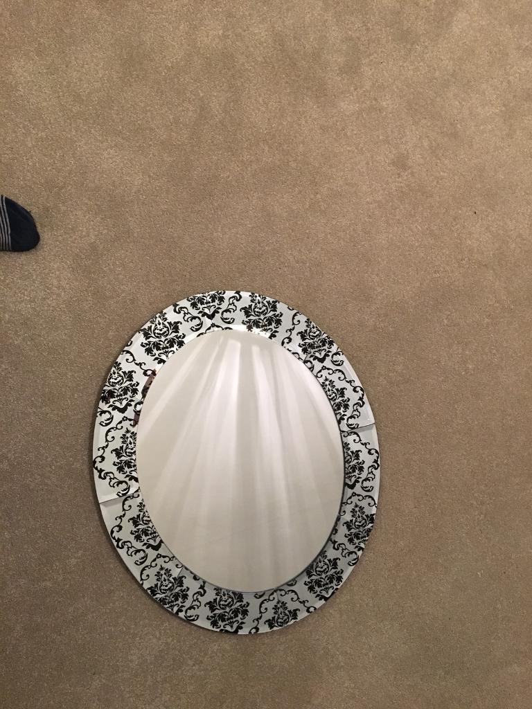 Damask mirror