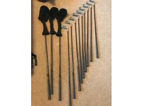 £30ono - Excellent beginners golf set