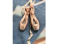 Stunning ballet point shoes