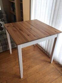 Antique style Dining Table - Solid, ready-made, no DIY required!