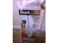 STEAM MOP (SHARK Professional BOXED NEW)