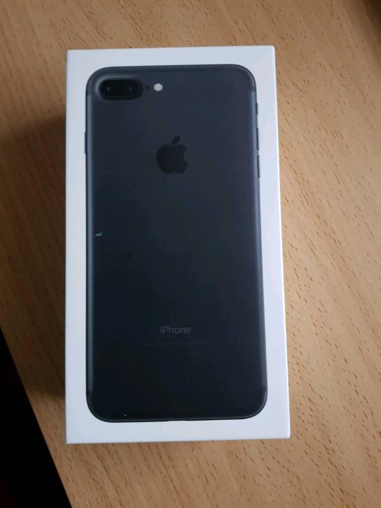 I phone 7 plus 32gb in black brand new