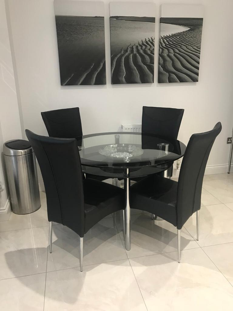 4 Seater Gl Dining Table And Faux Leather Chairs
