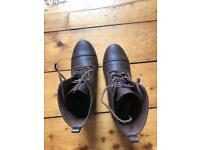Forever 21 boots size 5 good condition