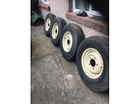 Tyres Michelin 750/16 Landrover