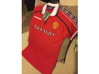Manchester United 1999 Home Retro Shirt