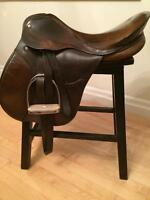 English Saddle All Purpose 17.5""